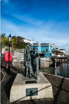 estatua porto cork irlanda