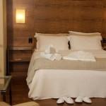 Cama Majestic Palace Hotel
