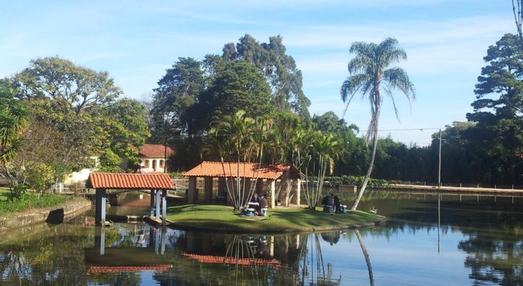 Lago de Big Valley Hotel Fazenda