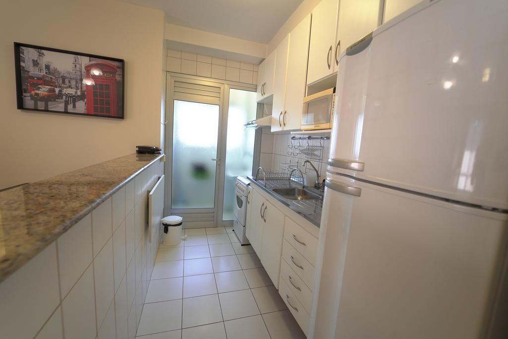 Cozinha de Arai Residence home stay bela vista